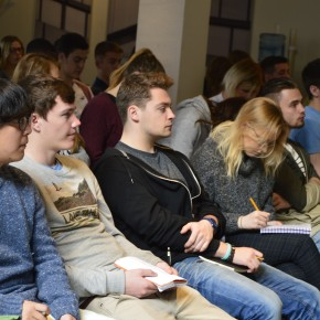 100 students from the University of the West of England visit TUDelft